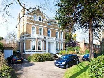 Flat for sale, Bolton Road W4