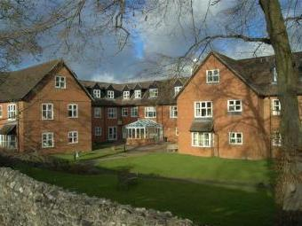 Castle Court, River Park, Marlborough, Wiltshire SN8