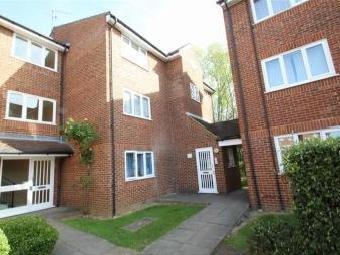 Dehavilland Close, Northolt, Greater London UB5