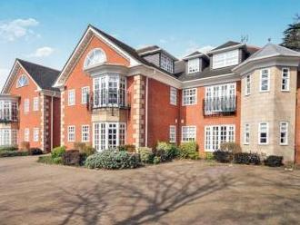 Knoll Court, Station Road, Orpington, Kent Br6