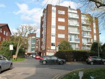 Oak Lodge Close, Stanmore, Middlesex HA7