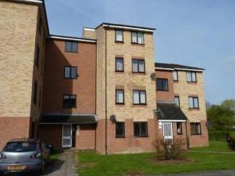 Prestatyn Close, Stevenage SG1 - Flat