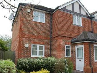Heathlands Close, Sunbury-On-Thames TW16