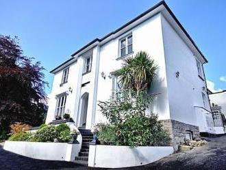 Appt 3 St Mary's House, Heywood Lane, Tenby, Pembrokeshire SA70