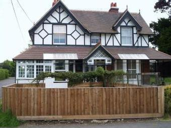 Colwell Road, Totland Bay PO39 - Flat