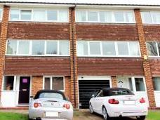 Victoria Close, West Molesey Kt8