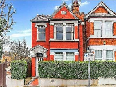 Riffel Road, London, NW2 - Garden