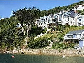 Sunny Cliff, Cliff Road, Salcombe, TQ8
