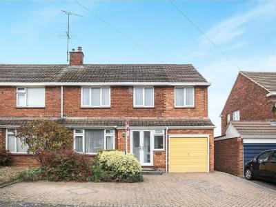 Hadrian Avenue,  Dunstable , LU5