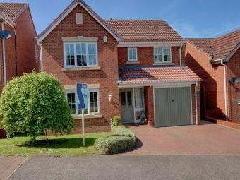 House for sale, Hall Lane - Detached