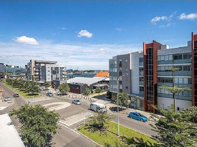 4 Honeysuckle Drive  Newcastle  NSW  2300Newcastle flats  Apartments for sale in Newcastle   Nestoria. 3 Bedroom Apartments Newcastle Nsw. Home Design Ideas