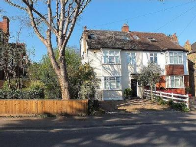 Hare Lane, Claygate , KT10 - Parking
