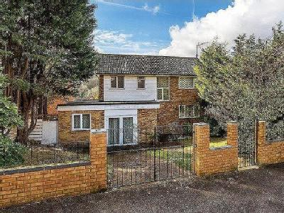 Haydn Avenue, Purley, Cr8 - Detached