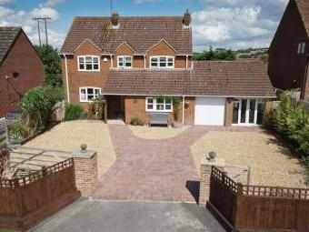 Heddington, Calne SN11 - Patio
