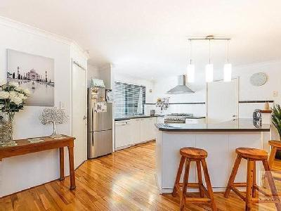 Broadway, Bassendean - Wood Floor