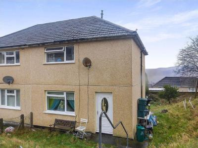 High View Way, Glyncoch, CF37