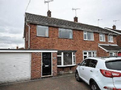 Hornbrook Road, Horninglow, DE13