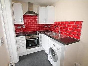 House to let, Bedford