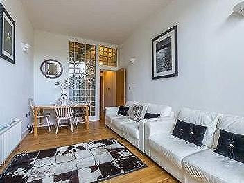 Bed house to rent in Clapham Junction