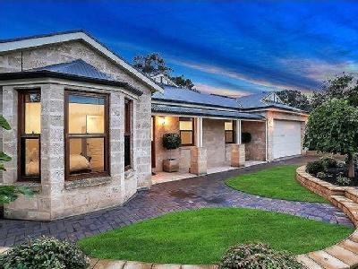 House to buy Richards Rd