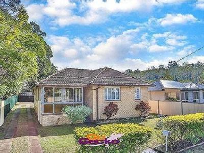 House to buy Marshall Road
