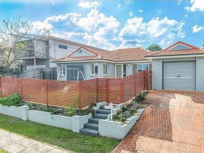 House to let 5 Victoria St - Air Con