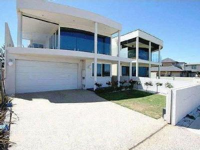 House to rent Seaview Road - Air Con