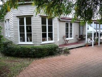 House to buy Robinson St
