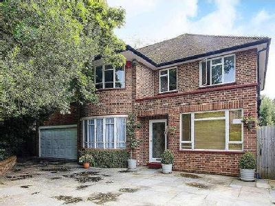 Village Road, Enfield, EN1 - Detached