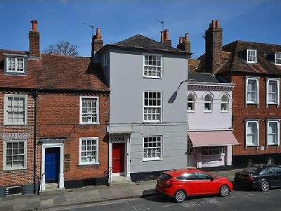 West Street, Chichester, PO19 - Patio