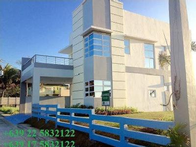 House for sale Guimba - Swimming Pool