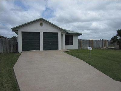 Amy Court, Kelso - Patio, Unfurnished