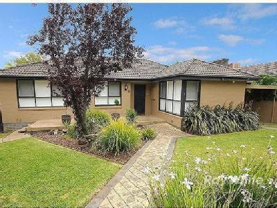 Mayfield Drive, Mount Waverley