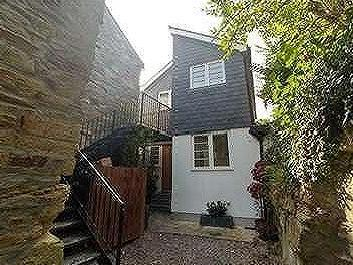 Infirmary Hill, Truro, TR1 - House