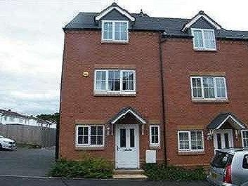 Eagleworks Drive, Walsall, WS3