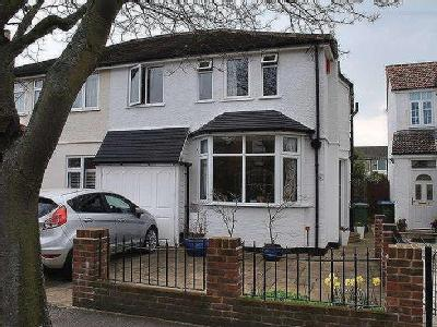 Nightingale Road, West Molesey, Kt8