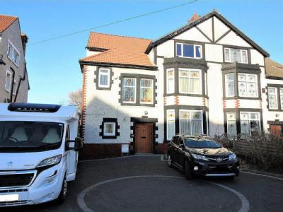 Lakeside View,  Great Georges Road, L22