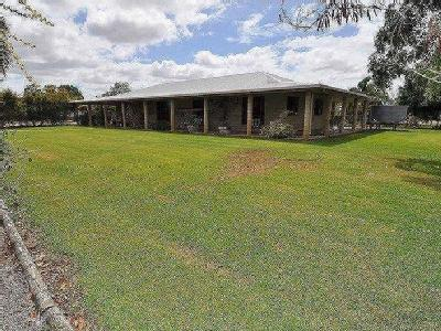 Louisa Road, Charters Towers - Garden