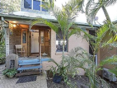 41 Cumming Parade, Point Lookout, QLD, 4183