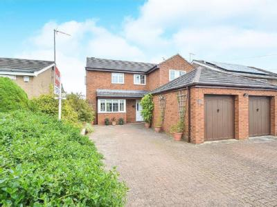 Leys Avenue,  Desborough, NN14