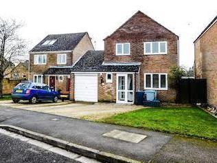 Holliers Crescent, Middle Barton, Chipping Norton Ox7