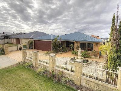 17 Edinburgh Road, Seville Grove, WA, 6112