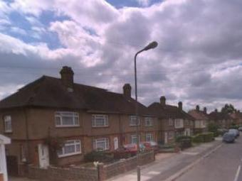 Amroth Green, Fryent Grove, Colindale NW9