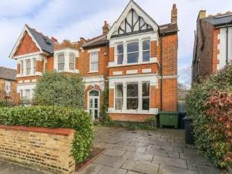 Twyford Avenue, Ealing Common / West Acton W3