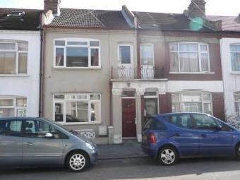 Brocklesby Road, London SE25 - House