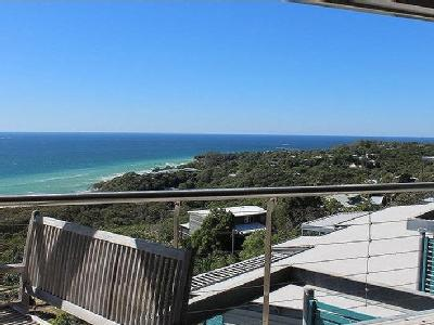 6 Cumming Parade, Point Lookout, QLD, 4183