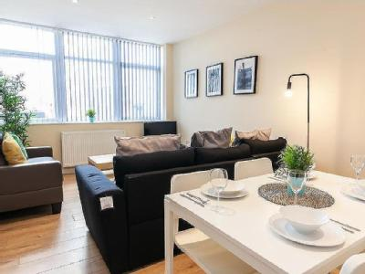 , M8, Manchester - Double Bedroom