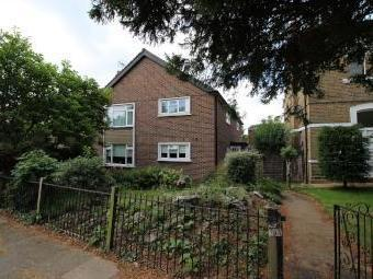 Queens Road, Enfield EN1 - Leasehold