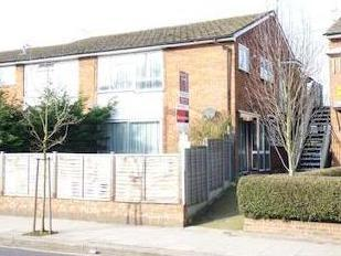 Oldfield Lane South, Greenford Ub6