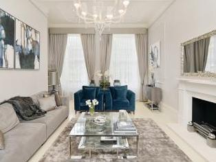 Gloucester Square, Bayswater W2